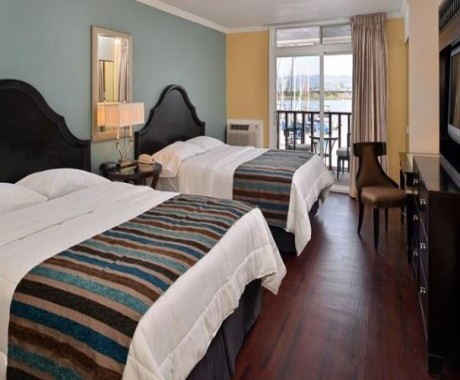 Marina Village Inn: Superior Room, 2 Queen Beds, Marina View